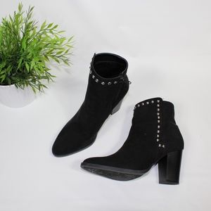 EUC Qupid Studded Booties